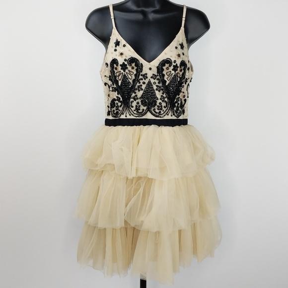Alice + Olivia Dresses & Skirts - ALICE & OLIVIA Drury Beaded Tulle Ballerina Dress